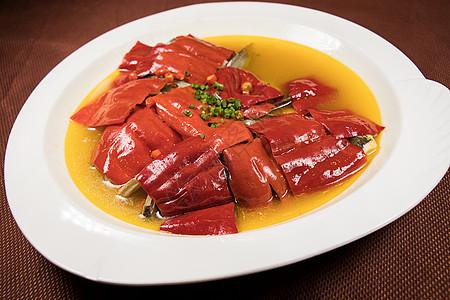 红椒鱼头图片