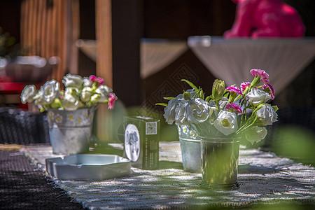 桌子的花图片