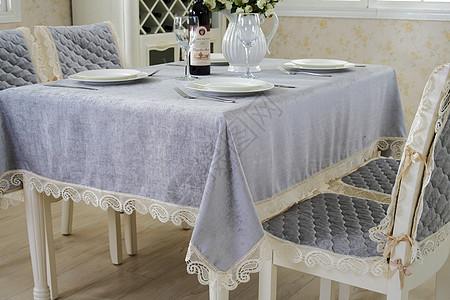 桌布餐桌布图片