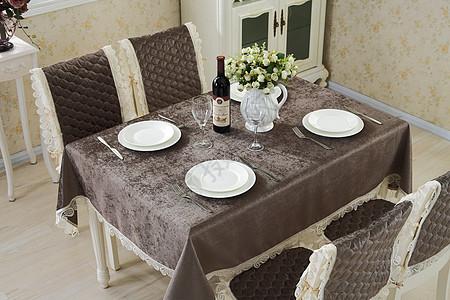 餐桌桌布咖啡色图片
