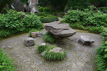 院子里的石头茶海图片