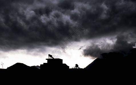 乌云素材剪影下雨图片