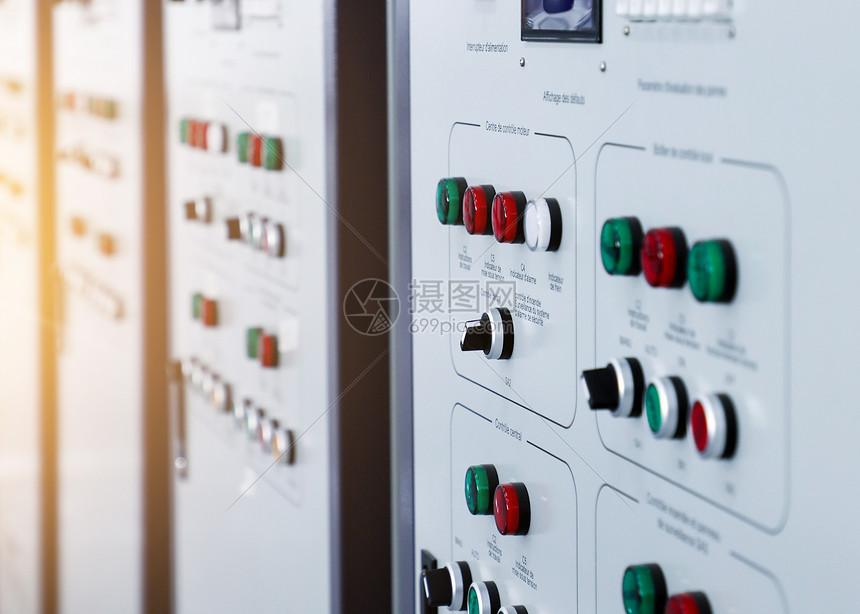 彩色中国现代企业工厂监控仪表透视图图片