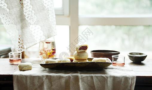 玫瑰鮮花月餅图片
