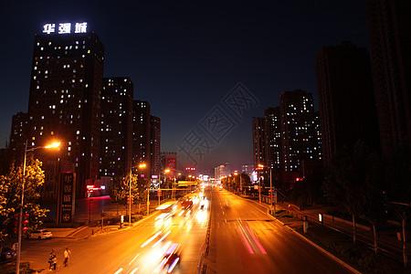 夜色下的城市图片