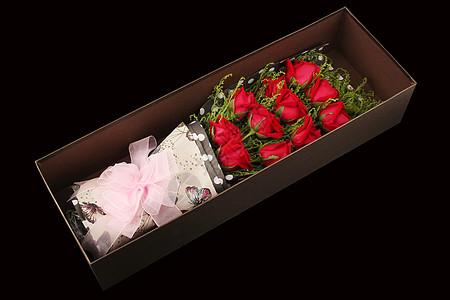 一束在盒子的玫瑰花图片