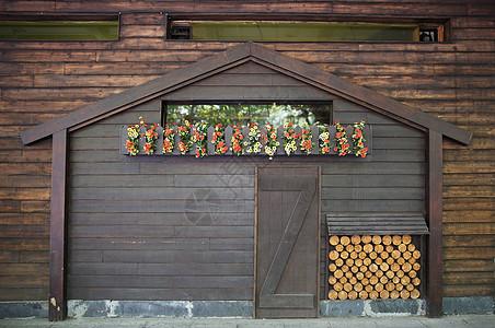 木屋近照图片