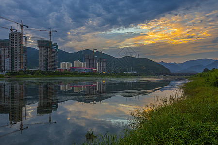 云霞之城图片