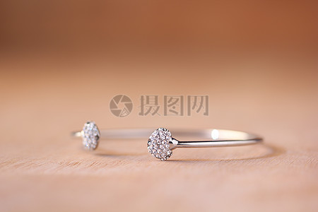 装饰戒指图片