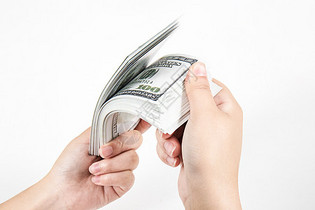 数钞票图片
