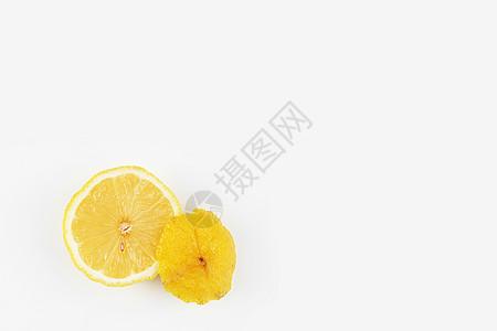 黄色的酸柠檬图片