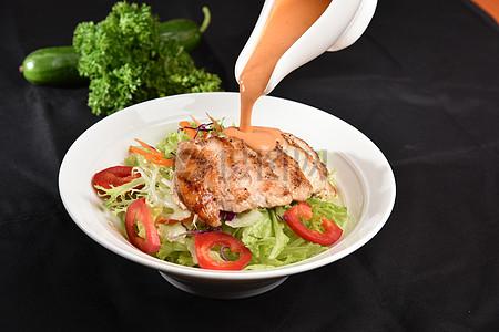 鸡肉蔬菜沙拉 西餐菜谱拍摄图片