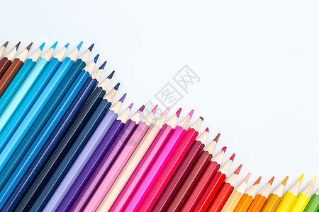 彩色铅笔平铺背景图片
