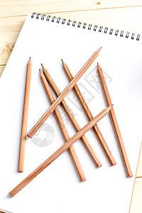 教育设计木制铅笔平铺创意拍摄图片