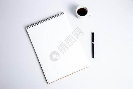 创意简洁办公桌面摆拍高清图片