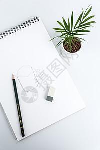创意学习文具办公桌面摆拍图片