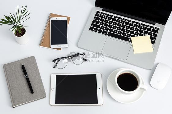 创意学习桌面办公环境摆拍图片