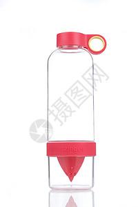 红色透明玻璃水杯图片