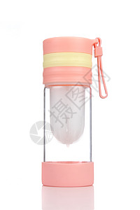 粉色玻璃水杯图片