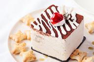 红丝绒蛋糕图片