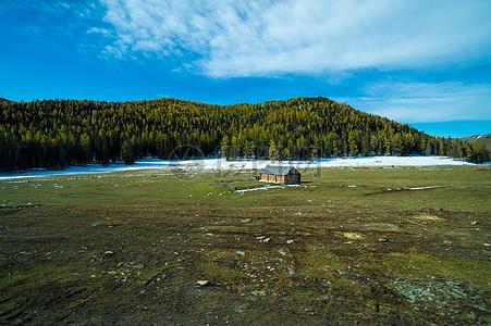 草原小屋图片