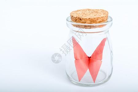 玻璃瓶纸质红色蝴蝶手工艺图片