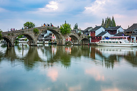 旅游度假朱家角古镇建筑图片