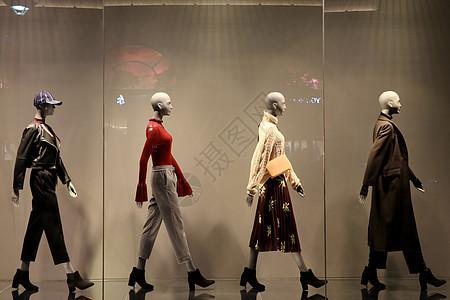 秋季时尚服饰人体模特展示图片
