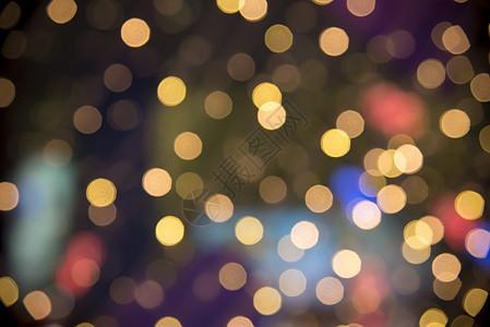 模糊状态的的霓虹灯图片