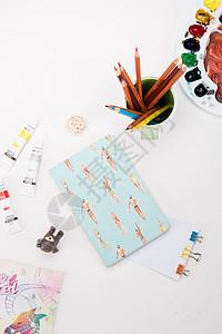 创意学习文艺本子桌面摆拍图片