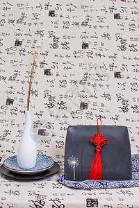 中国风节日礼品盘子红穗图片