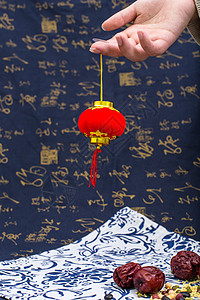 中国风礼品灯笼五谷摆拍图片