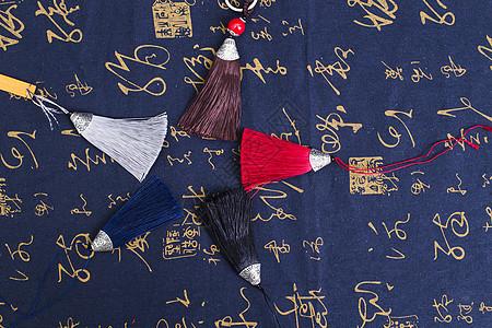 中国风礼品穗子排列摆拍图片