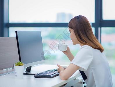 办公室女性 话务员 女白领  职业装 职业女性职员 写字楼 女秘书 女助理图片