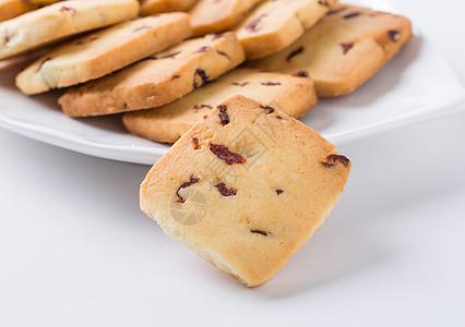 手工饼干放在盘子里图片