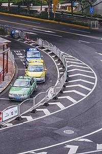 城市公交出租车等待等候图片