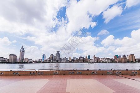 陆家嘴浦东外滩蓝天白云图片