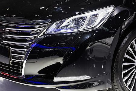 黑色高级豪华汽车灯图片