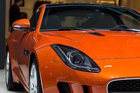橙色豪华高级汽车车头灯图片
