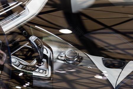 豪华高级跑车操控控制图片