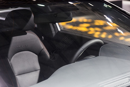 商务汽车方向盘局部图片