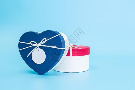 清新文艺浪漫圆形心形礼盒图片