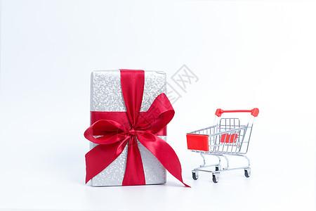 电商狂欢节购物车礼盒素材图片