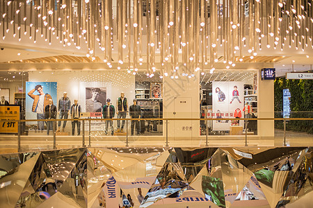 商场亮堂灯具构造服装店铺图片