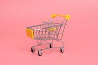黄色超市购物手推车图片