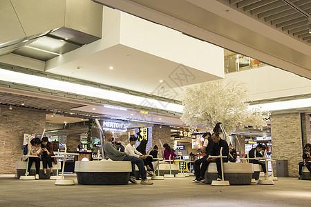 商场休息休闲区域图片