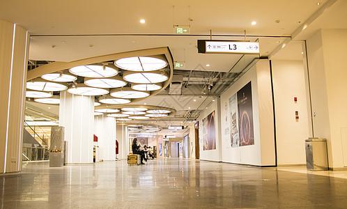 商场展示休闲区域图片