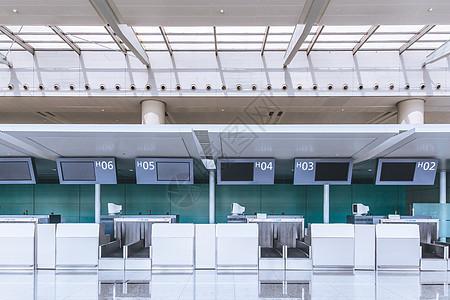 机场行李托运服务台图片