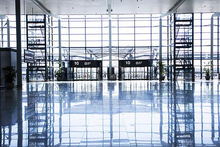 机场大厅的建筑设计图片