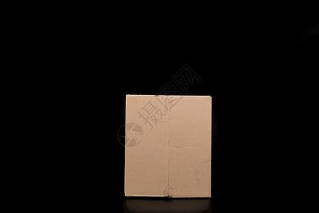 物流快递纸质盒子竖立图片